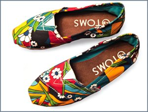 Our Green Lifestyle Recycling Chic Toms Shoe